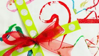 DIY Holiday Gift Wrap