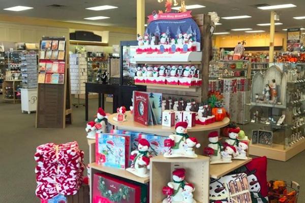 hallmark store christmas display