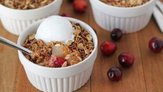 Easy Pear Cranberry Crisp